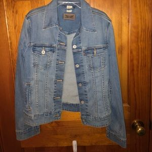Levi jacket never worn perfect condition